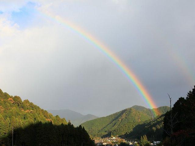 夕がたラステンほらどで虹を見ました!_板取川