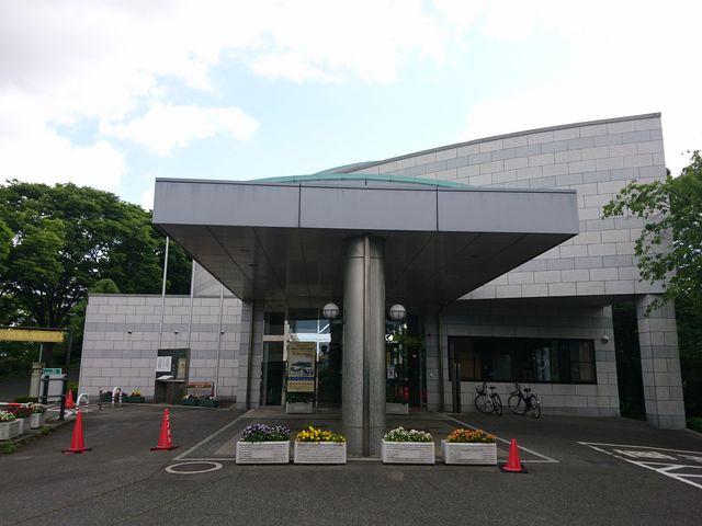 手柄山公園にある_姫路市平和資料館
