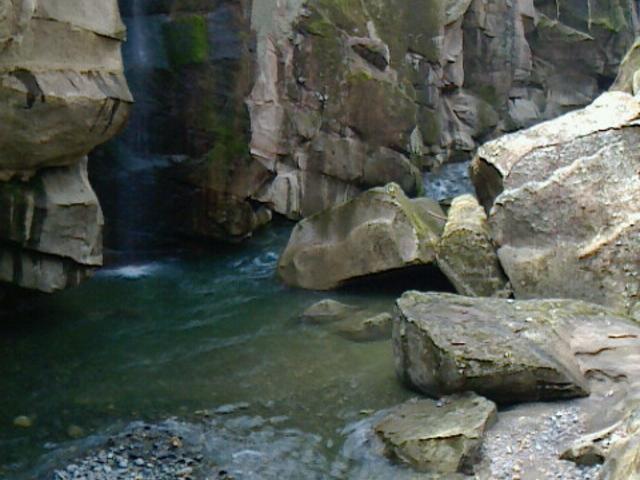 らいらい峡の入口②_秋保温泉郷観光案内所