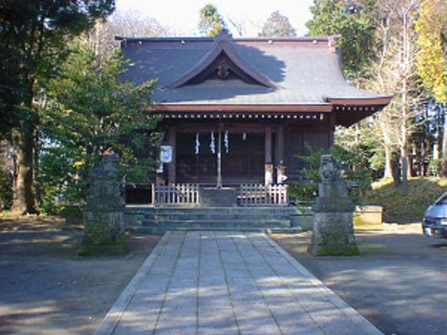 最寄駅から歩いて行けます!_二宮神社