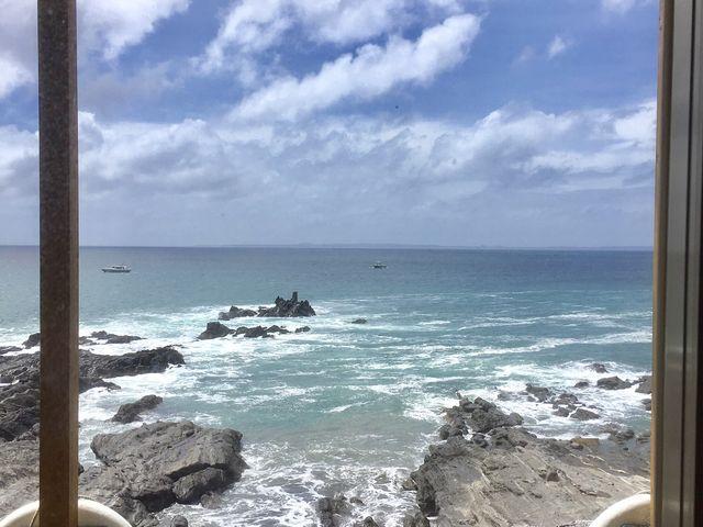 目の前は崖です_岬
