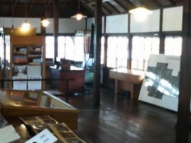 かつての高山町役場の建物を使った資料館です_高山市政記念館