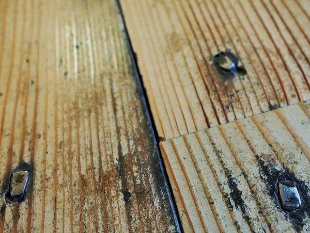 丸釘でなく四角の釘_旧開智学校校舎