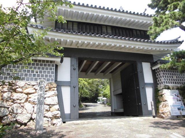 桜門_田原市博物館