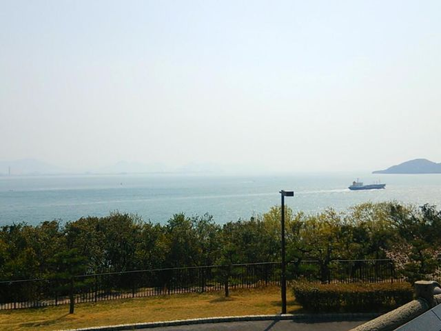 パーキングエリアから海を撮影♪_瀬戸大橋