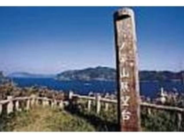 海の向こうには中甑島がはっきりと望める_鳥の巣山展望台