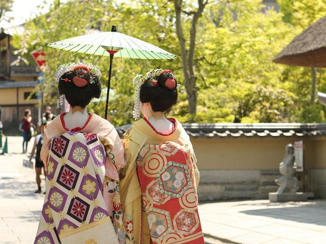 京都で着物歩きと言えば「舞妓」で決まり!インスタ映えもバッチリです♪他ではできない京都の思い出作りを♪_舞妓体験処 ぎをん彩