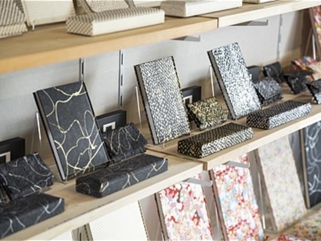 美濃和紙土産が豊富にあります_美濃和紙雑貨体験ショップ石川紙業