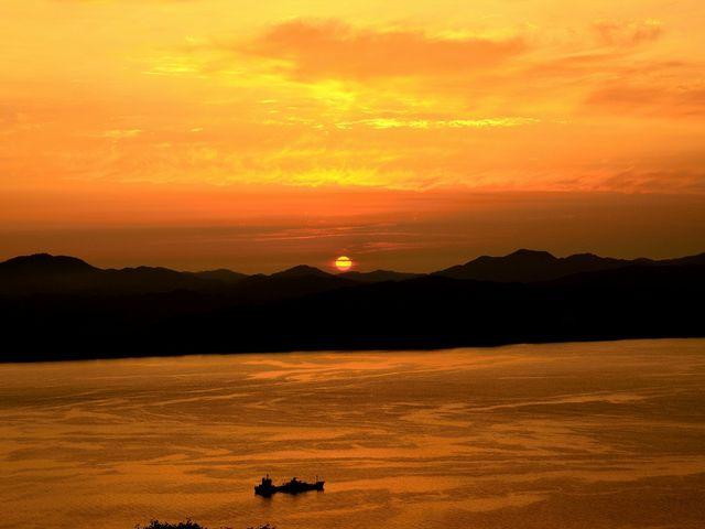函館山は夜景だけでなく、日の入りも見れます。_函館山