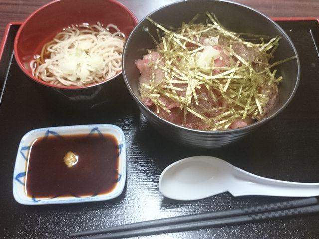 マグロ丼セット_甲斐大泉温泉 パノラマの湯