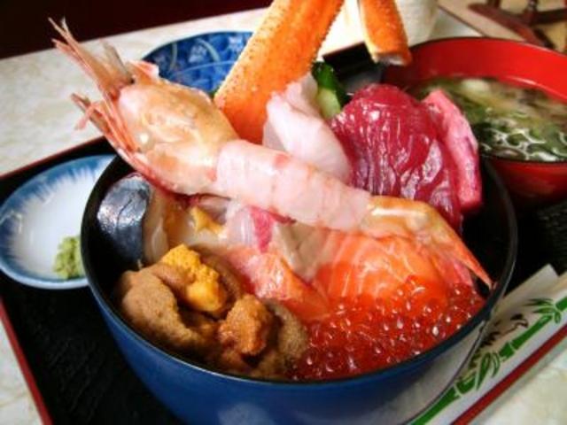 海鮮丼_札幌市中央卸売市場場外市場