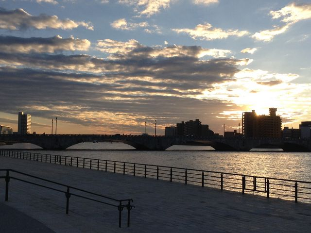 日没前の萬代橋_萬代橋
