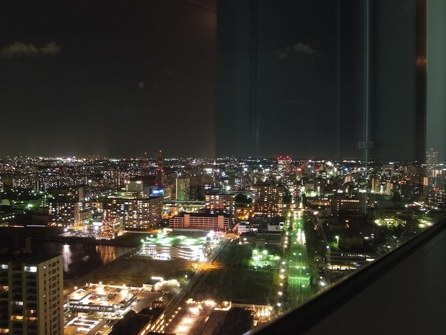 360度ガラス張り_千葉ポートタワー