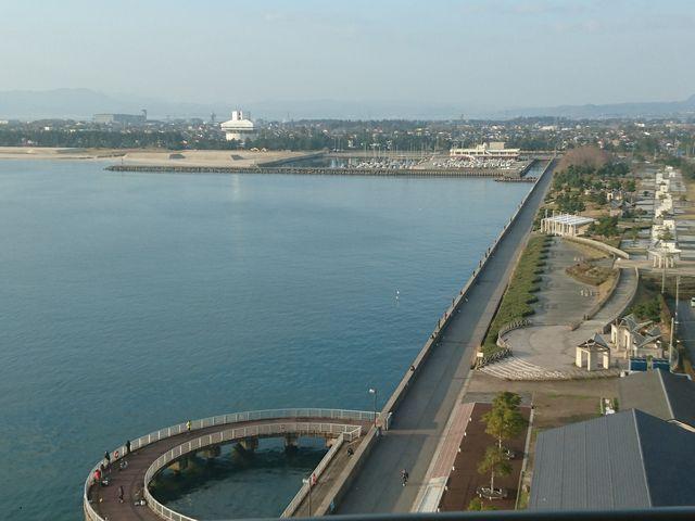 夢みなと公園から中海まで見える。_SANKO夢みなとタワー