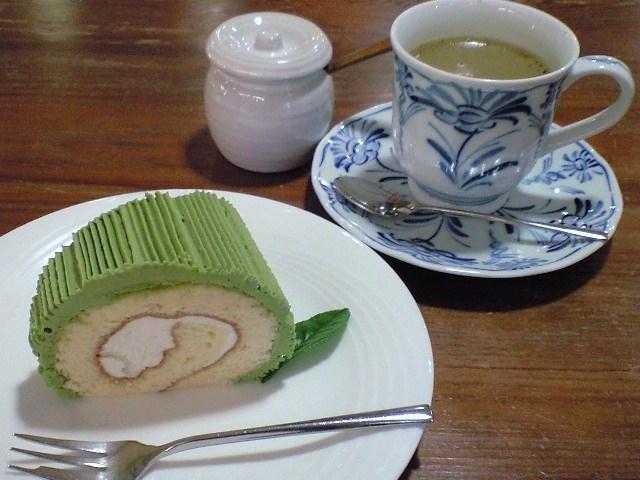 新茶ロール♪_茶フェ ゆるり