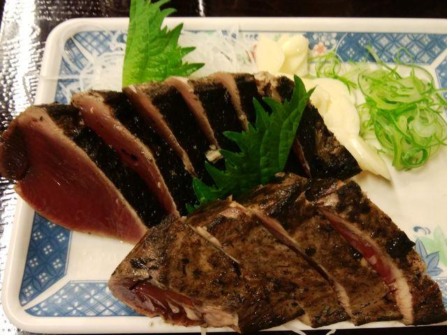 ご飯、味噌汁ついて定食1500円_明神丸 ひろめ市場店