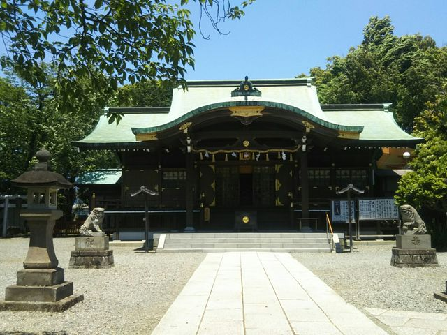 春日造りの拝殿です。_日枝神社