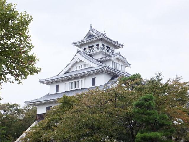 昭和58年に再興された天守_長浜城歴史博物館