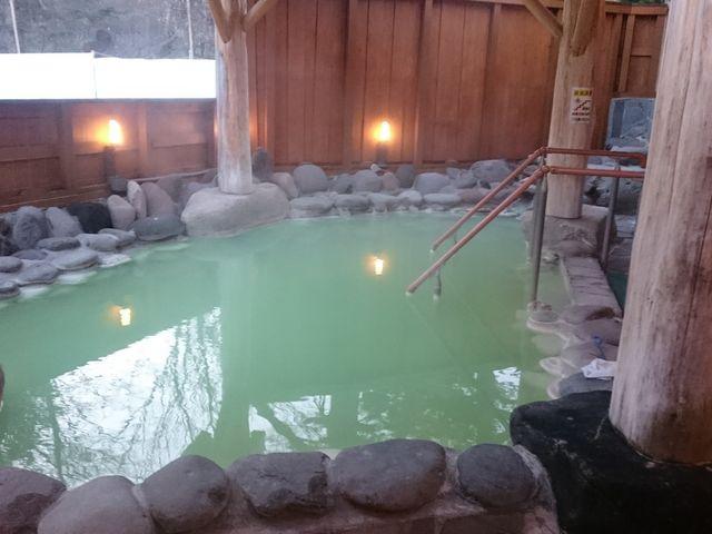 奥日光高原ホテルの22時終了の露天風呂。泉質良好!_奥日光湯元温泉