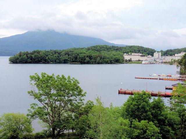 雲高低い朝_阿寒湖温泉