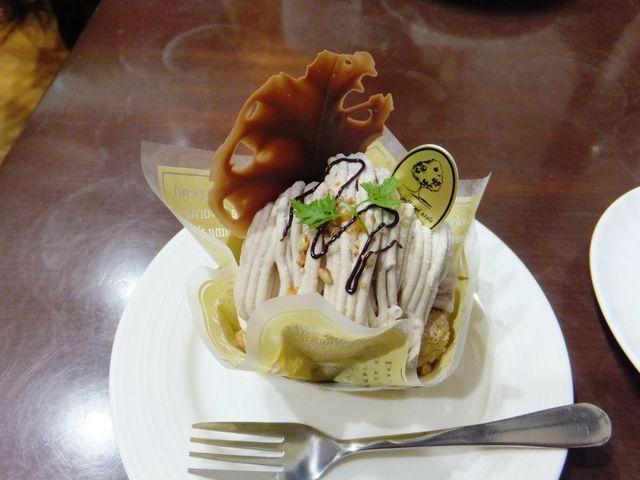 カフェ・モンブラン_たまごとミルクとりんごの樹