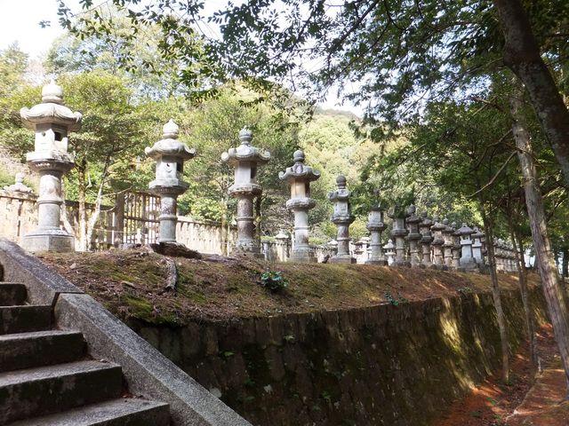 萩藩主毛利家墓所(香山墓所)