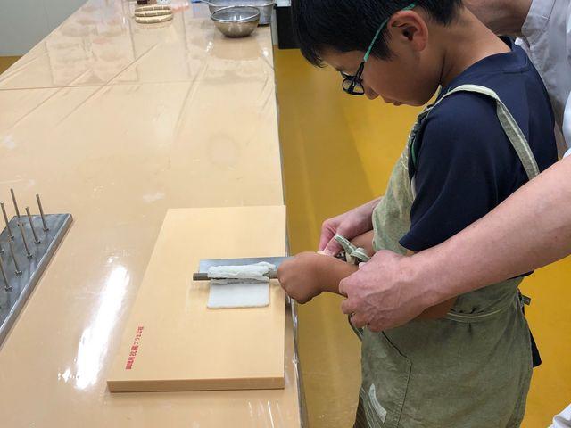 竹輪作り_しきしま蒲鉾