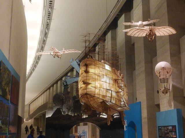 入口付近の展示2_岩手県立美術館