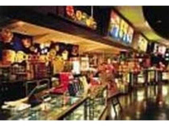 カフェでは、ドリンクやスナック類を販売_ユナイテッド・シネマ新潟