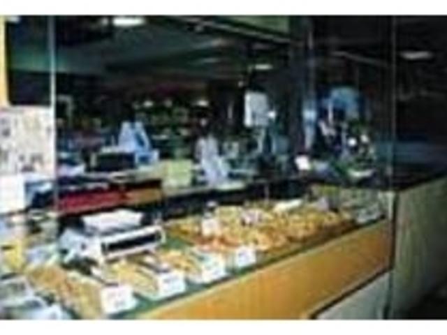 たこ足天ぷらが人気。揚げもの惣菜コーナー_ウラベ水産加工