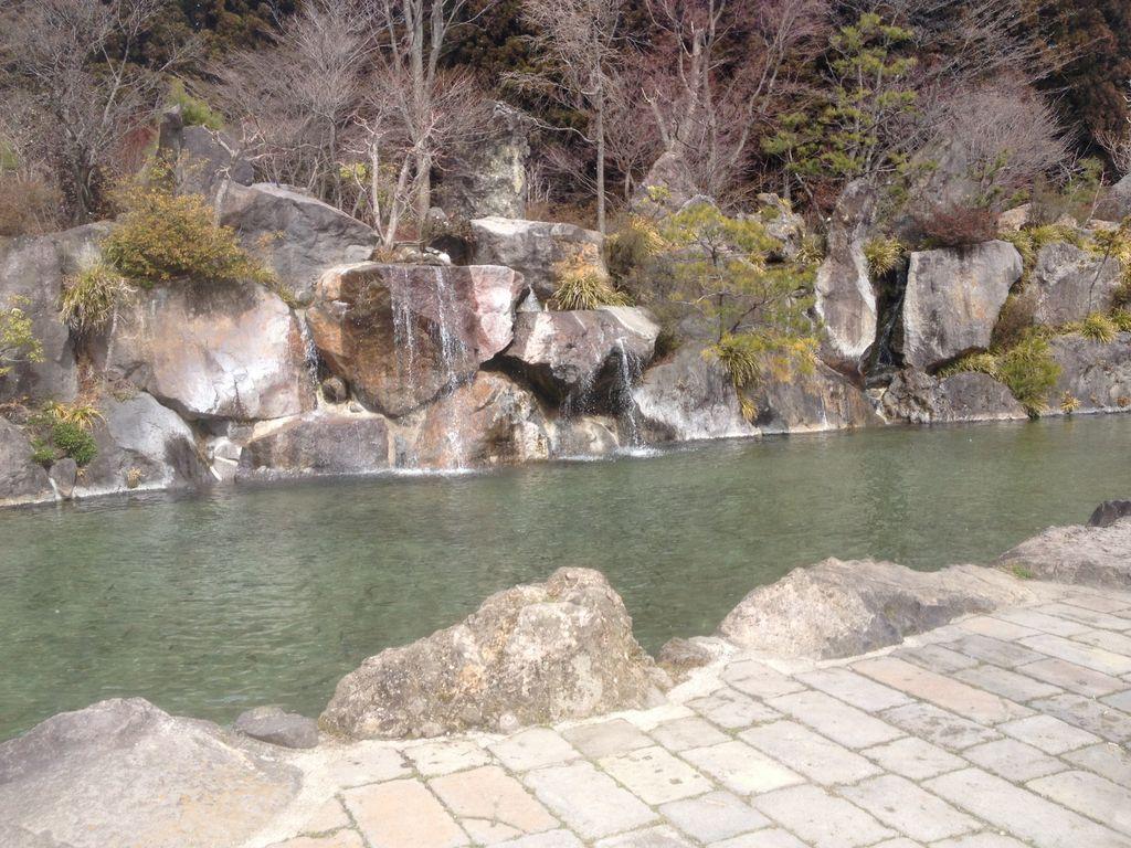 滝のある釣り堀 那須高原 清流の里