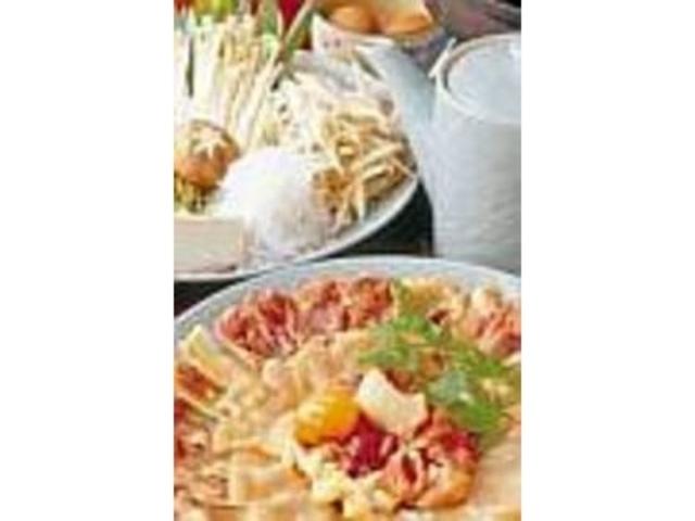 『地鶏のすき焼』(1人前7000円)_料理旅館 貴船仲よし
