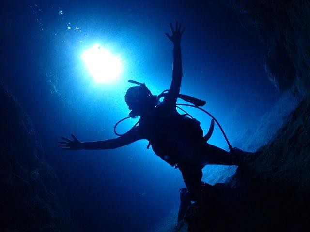 青の洞窟体験ダイビング☆初めての方、泳げない方大歓迎!専属のインストラクターがサポートいたします!_ダイビングショップ SeaFree