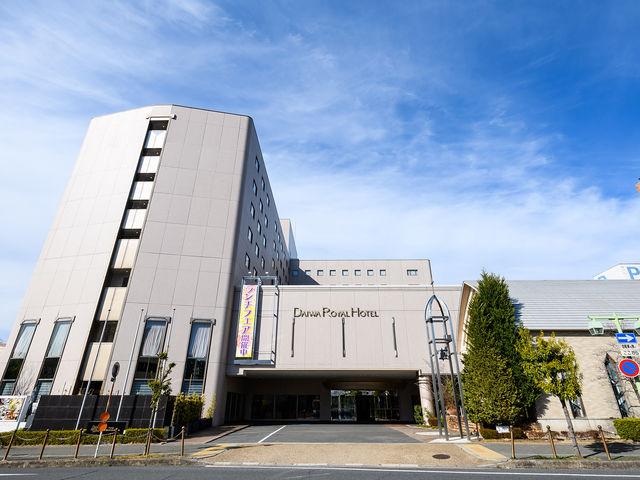 【ホテル外観】近鉄 橿原神宮前駅東出口より徒歩約1分。『DAIWA ROYAL HOTEL』が目印!_THE KASHIHARA