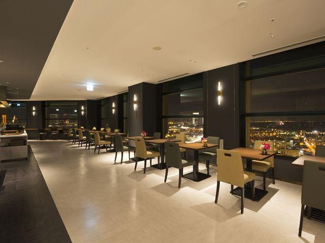 スカイレストラン『ハレアス』 ホテルエミシア札幌 31階