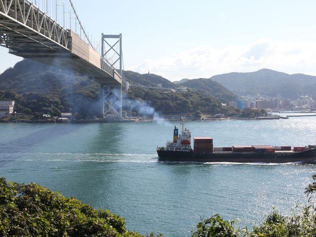 関門海峡 山口側より_関門海峡