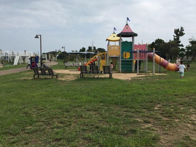 こちらも子供向け遊具_月見ヶ丘海浜公園
