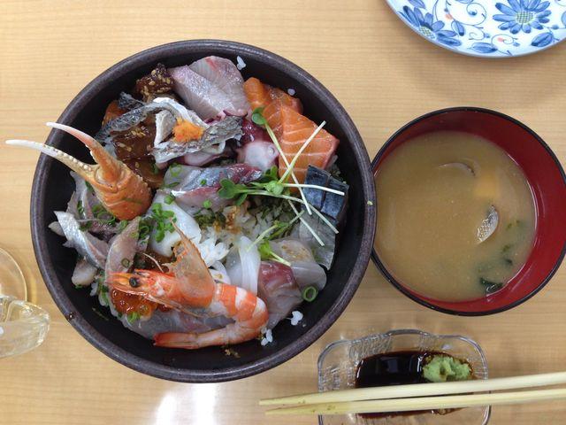 1000円です_おかもと鮮魚店