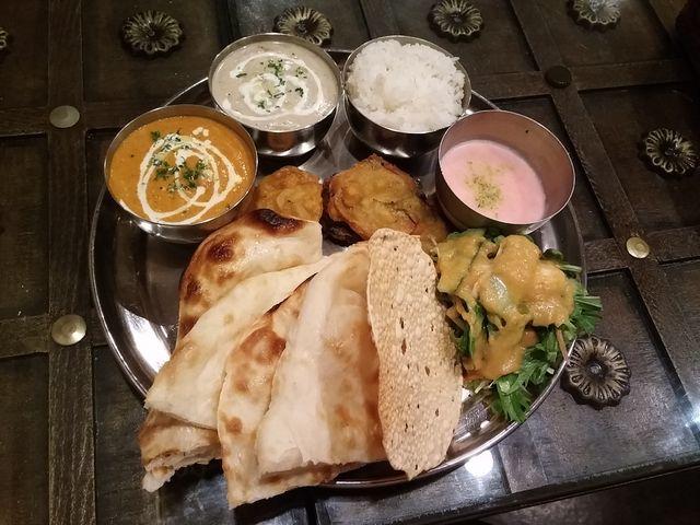 おすすめセット_インドベジタブル料理店 マナズ