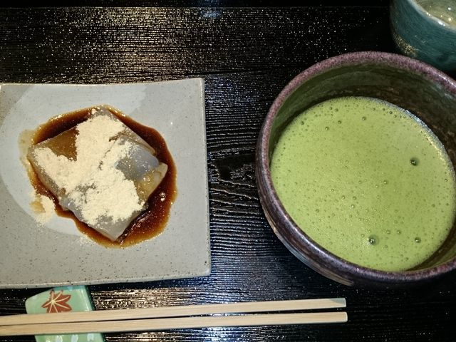 葛餅と抹茶のセット_廣久葛本舗