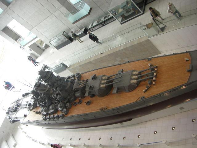 展示大和の全景(前部より)_呉市海事歴史科学館(大和ミュージアム)
