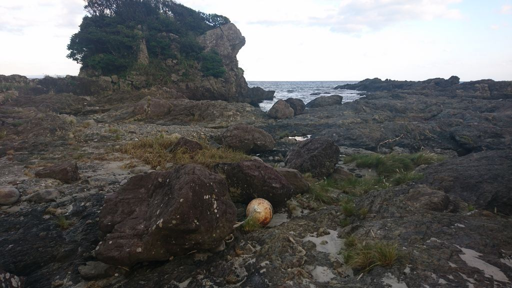 枕状熔岩(田代海岸)