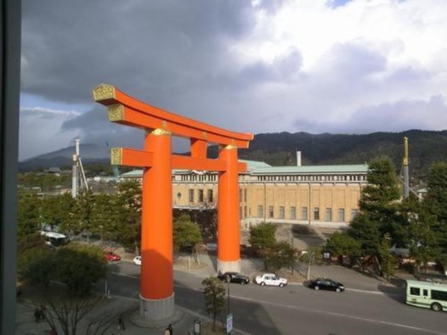 窓から見える風景_京都国立近代美術館