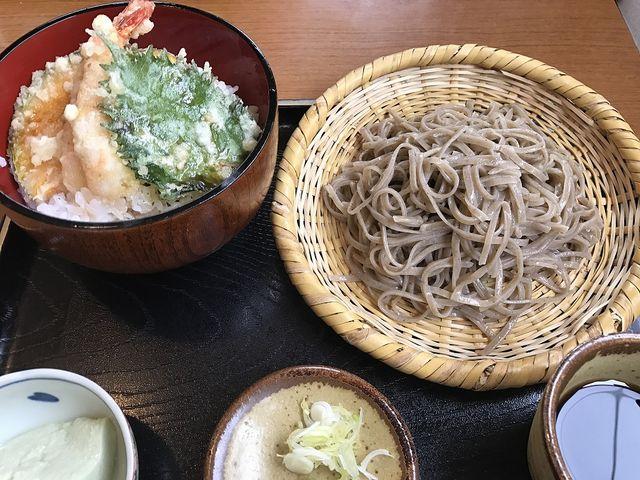 平日ランチセット(ミニ天丼と蕎麦)_和座季楽象山亭