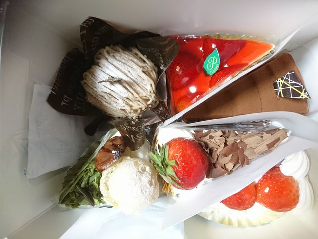 購入したショートケーキ_ミニヨン光町店