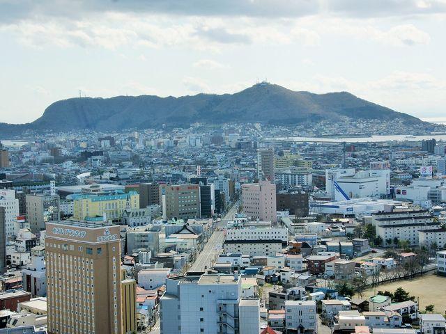 五稜郭タワーから見る函館山_五稜郭タワー