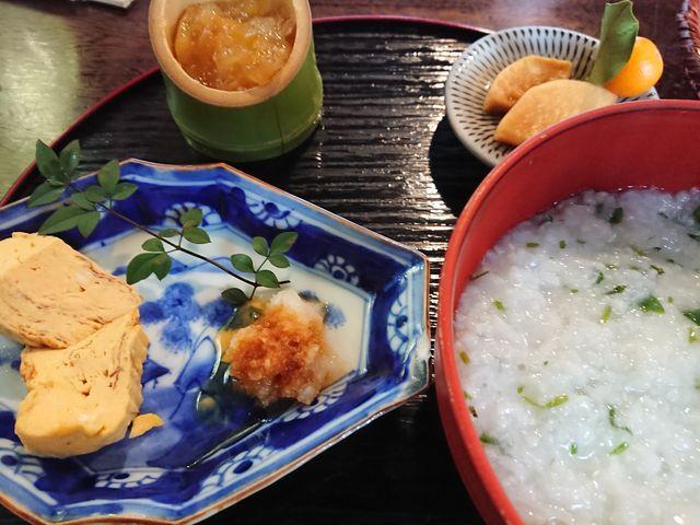 七草粥に卵焼き、柚子ねりのセット、美味しくいただきました。_甘味茶屋
