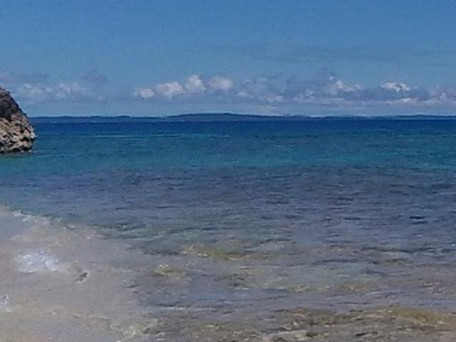 島の海、きれい_コマカ島