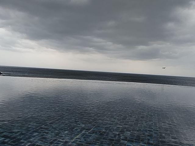 足湯からの眺め(曇りで残念・・・)_SHIRAHAMA KEY TERRACE HOTEL SEAMORE(ホテルシーモア)