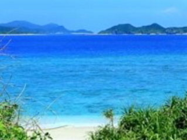 とにかく海がすごく綺麗_ニシバマビーチ